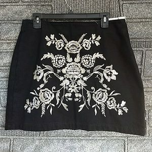 Topshop Black Floral Embroidered Skirt 10 BNWT